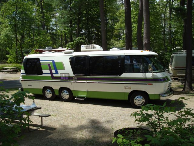 Amazing 1976 GMC Motorhome Auction Photo Gallery  Autoblog