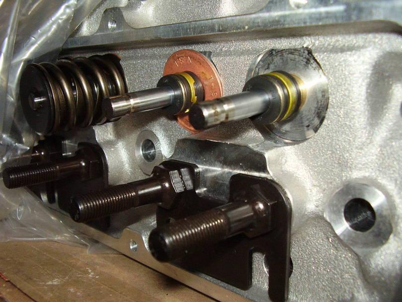 Edelbrock Heads And Aluminum Manifold Upgrade