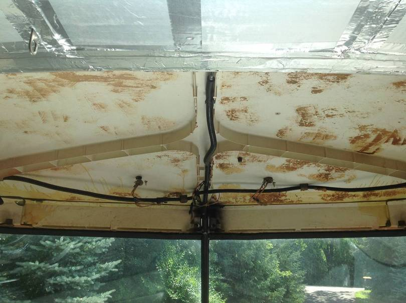 Cockpit Ceiling Removed