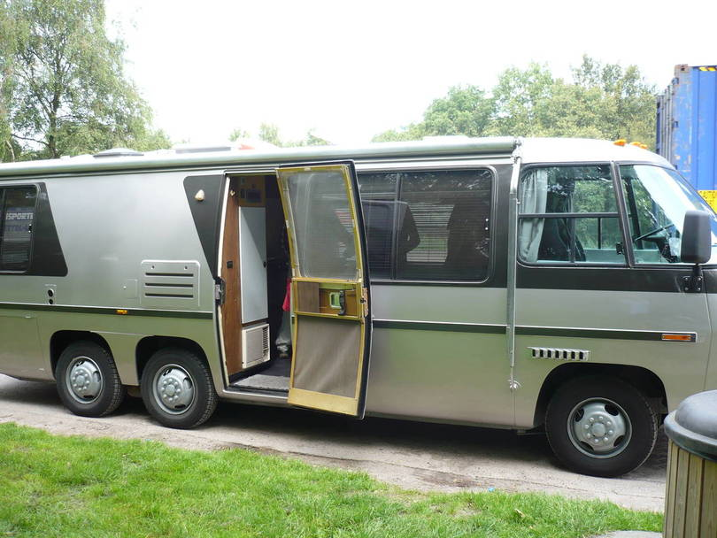 Gmc Motorhome 1973 New Paint And Diesel Engine