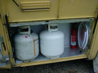New_Propane_tanks_2008_004