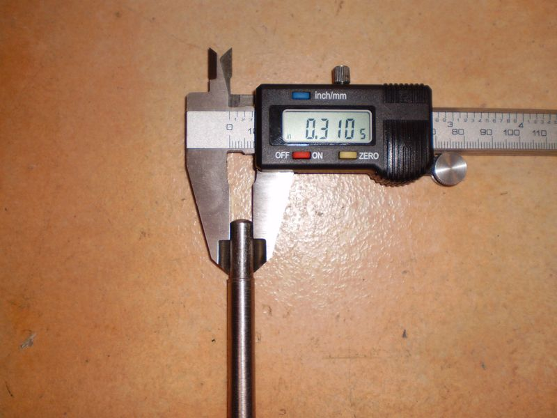 An easy to make gauge for determining pushrod length