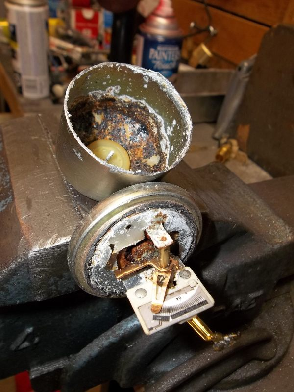 Rust and Corrosion in the Can and Potentiometer