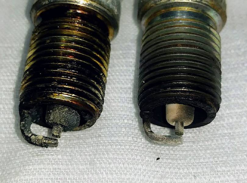Champion Spark Plugs out of the Onan