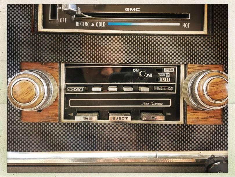 GMC-RADIO-TAPE-2