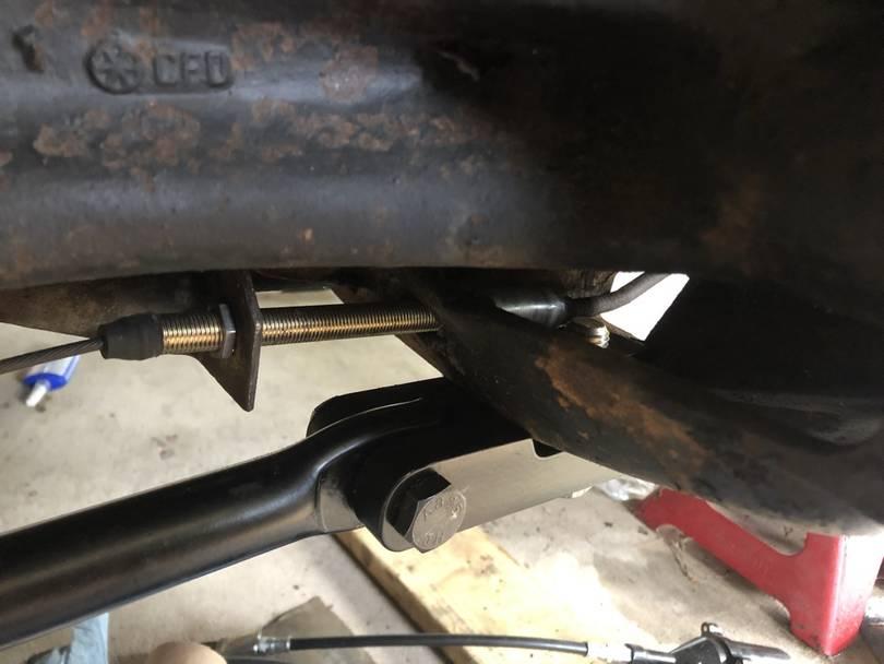 The extender for the park brake sheath